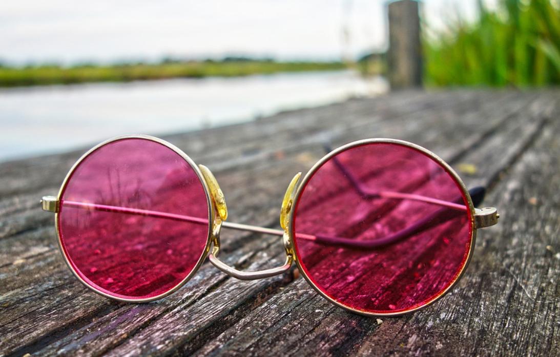 brýle na molu